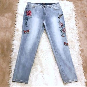 Earl Floral Embroidered High Rise Skinny Jeans 16